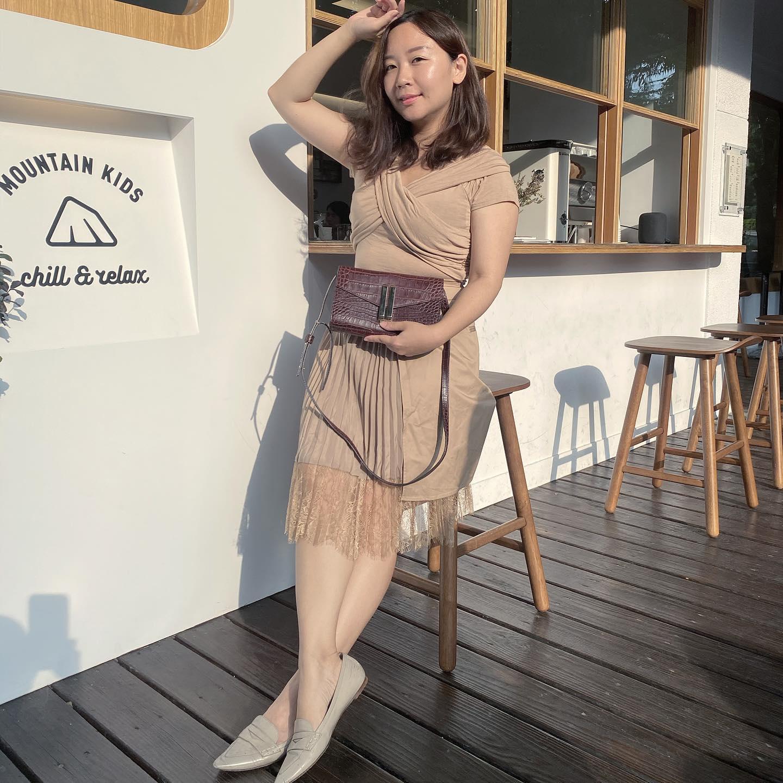 【六張犁】MKCR / Mountain Kids Coffee Roaster 山小孩咖啡二店,咖啡香味迴盪在純白與樸木間的美好