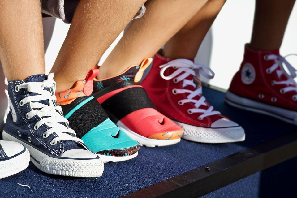 買鞋尺寸怎麼看?最新各國兒童/女鞋/男鞋鞋子尺寸對照表與心得