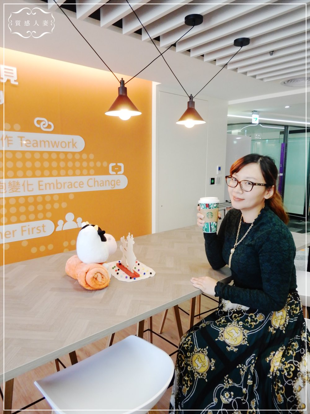 vlog#1-秋冬穿搭/ GU蕾絲上衣+ZARA印花長裙