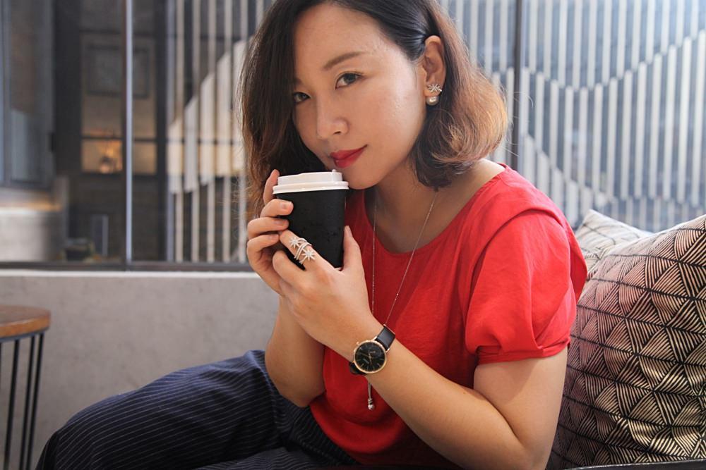 ADEXE Watch評價|用情侶對錶在分分秒秒中,細數每個愛情間隙的自由時刻。