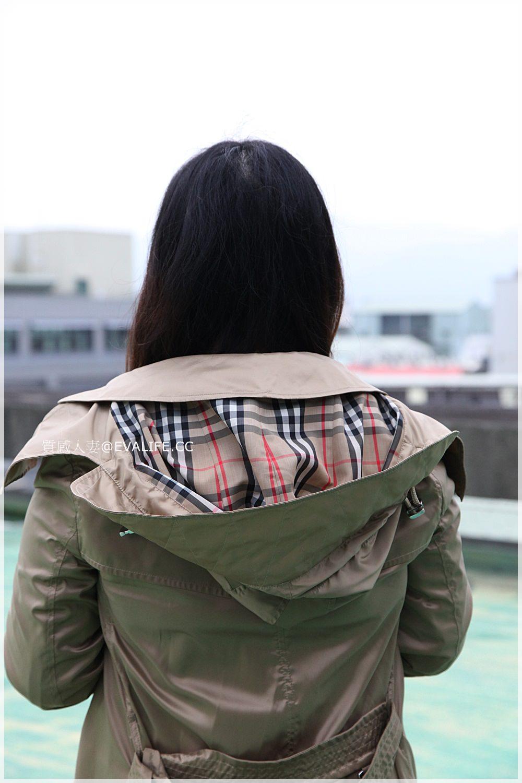 Burberry防水防風風衣外套1萬8台幣 ?! 趕緊來看小資女通勤使用的輕便風衣-Detachable Hood Taffeta Trench Coat |依娃evalife歐美精品折扣